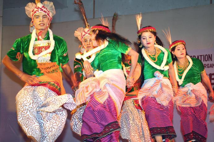 Traditional Dances of Tripura | Tripura4u com