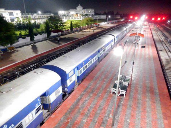 agartala-kolkata-railway-service-kanchanjunga-express-8