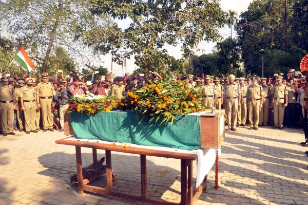 matry-indian-bsf-jawan-shambhu-satmuras-body-at-agartala-68